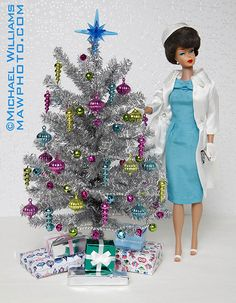 """Aluminum Christmas Tree-these were very """"fashionable"""" in the Remember the rotating wheel that made it change colors? I have this Barbie here somewhere! Christmas Barbie, Retro Christmas, Christmas Trees, Blue Christmas, Christmas Photos, Christmas Decor, Tinsel Tree, Barbie Diorama, Play Barbie"""