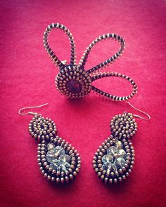 Zipper earings and brooch