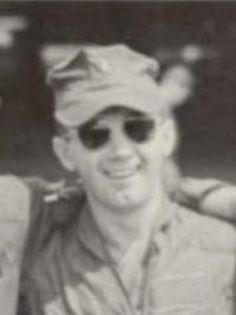 Virtual Vietnam Veterans Wall of Faces | FRANK E SACHARANSKI | MARINE CORPS