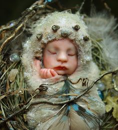 Fairy Baby on Nest Handsculpted OOAK Art Doll by NenufarBlanco600 x 662 | 144.1KB | www.etsy.com