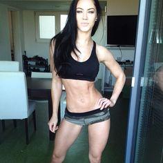 Female Form #StrongIsBeautiful  #Motivation  #WomenLift2  Stephanie Davis