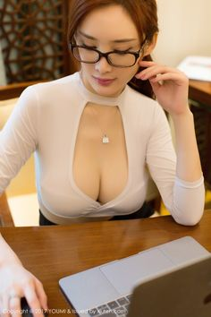 Hot Beauty Chinese Girls Collection : YouMi - Vol.075 - Tu Fei Yuan Ai Cuo Qiong (土肥圆矮挫穷) (52 pics). Beauty Asian Girls sexy body. Super-sized image quality.
