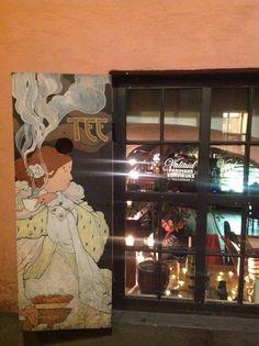 """Persiana """"belle epoque"""" in un locale del centro di Tallinn"""