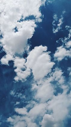 Clear Sky With Clouds – iPhone Mobile Wallpaper/Background/Lockscreen Klarer Himmel mit Wolken – iPhone Mobile Hintergrundbild / Hintergrund / Lockscreen Clouds Wallpaper Iphone, Blue Sky Wallpaper, Cloud Wallpaper, Blue Wallpapers, Tumblr Wallpaper, Screen Wallpaper, Wallpaper Backgrounds, Mobile Wallpaper, Animal Wallpaper