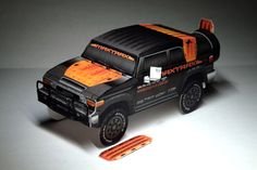 MAXTRAX FJ Cruiser paper model by papercruiser.com
