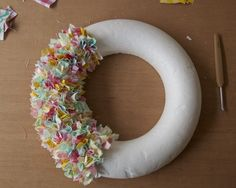 A simple fabric wreath tutorial using fabric scraps pushed into a polystyrene wreath base. Pastel colours create a beautiful spring wreath for your Easter decor. #craft #diy #FabricCutter Wreath Crafts, Diy Wreath, Rag Wreaths, Easter Wreaths Diy, Homemade Wreaths, Ribbon Wreaths, Tulle Wreath, Floral Wreaths, Burlap Wreaths