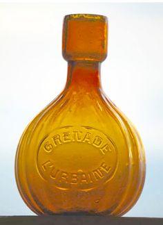 "Yellow glass fire GRENADE  ""L'URBAINE"""