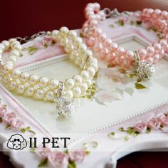 Wholesale Product Snapshot Product name is Pet necklace Teddy VIP Pomeranian Chihuahua dog pearl necklace Cat dog collar necklace jewelry free shipping