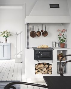 Beautiful Kitchen Designs, Beautiful Kitchens, Plywood Furniture, Mobile Home Bathrooms, Kitchen Cabinet Remodel, Kitchen Cabinets, Herd, Country Farmhouse Decor, House Doctor
