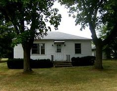Near all of Indian Lake amenities in  Lewistown, OH this quaint home has 2 BR, 1BA with hardwood floors, and water views from many windows!!!  MLS# 351346  $63,000 #ZimmermanRealty 937-843-9400