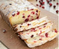 Looking for the best Cranberry Orange Bread recipe ever? This yogurt bread is packed with cranberry and orange flavor and it is perfect for the holidays. Loaf Recipes, Donut Recipes, Cooking Recipes, Easy Recipes, Vegetarian Recipes, Winter Desserts, Just Desserts, Dessert Recipes, Pumpkin Chocolate Chip Bread