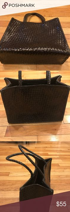 VINTAGE HELEN KAMINSKI TOTE EUC TOTE IN CHOCOLATE BROWN. Leather in a weave pattern . Classic style with flair . Retail on this is usually in the high 600s but not in my closet . Priced to sell!!! Enjoy this fun bag without breaking the bank!! helen kaminski Bags Totes