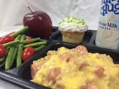 Macaroni & Cheese w/Hot Dog Bites made with Cheese Sauce Instant Mix (088T)