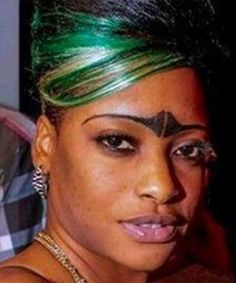29 of the Most Horrific Eyebrow Fails You'll See in Your Entire Life