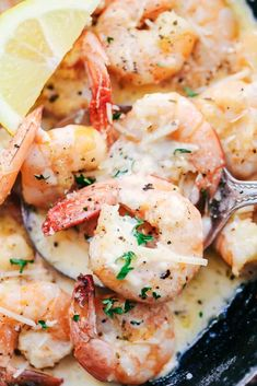 Creamy Parmesan Garlic Shrimp Pasta is the perfect quick and easy meal that is on the dinner table in less than 20 minutes! Shrimp get coated in the very best creamy parmesan garlic sauce and is wonderful tossed with fresh pasta. Garlic Shrimp Pasta, Shrimp Pasta Recipes, Fish Recipes, Seafood Recipes, Cooking Recipes, Healthy Recipes, Parmesan Pasta, Garlic Parmesan, Garlic Chicken