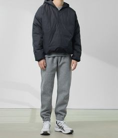 Outfits Hombre, Sport Outfits, Japan Outfit, Gents Fashion, Korean Fashion Men, Minimal Fashion, Simple Outfits, Custom Clothes, Streetwear Fashion