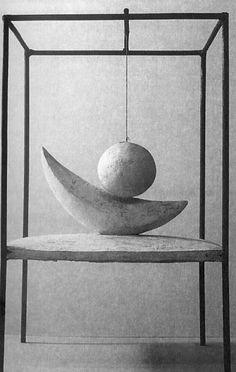 """Alberto Giacometti - Boule suspendue, 1930-1931 > origine du mvt , évocation du coït """" va et viens """""""