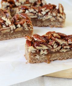 Maple Pecan Caramel Brown Butter Blondie - The best Brown Butter Blondie EVER is smothered with a homemade Maple Pecan Caramel in this sensational dessert! These are bars worth fighting over!