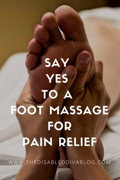 Can a foot massage relieve pain in other areas of your body? Massage Logo, Massage Tips, Massage Roller, Massage Techniques, Foot Massage, Massage Therapy, Massage Couples, Massage Table, Facial Massage