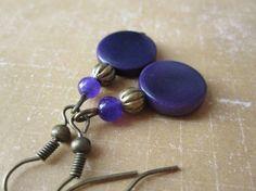 Boucles d'oreille tagua jade violet bronze : Boucles d'oreille par ...