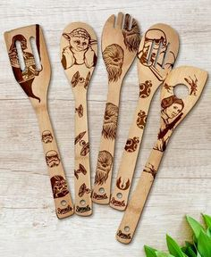 Star Wars Spoons Personalized Gift for her Home decor Holiday decorations Bridal Shower Gift for Mom Gift for Birthday Bridal Shower Gift Wood Burning Crafts, Wood Burning Patterns, Wood Burning Art, Wood Crafts, Star Wars Kitchen, Pyrography Designs, Wood Burning Techniques, Wood Burn Designs, Star Wars Quotes