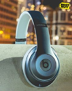 There is music all around us. We just have to listen for it. Explore new music in new places with a pair of Beats Studio wireless headphones.
