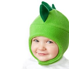 Chinstrap Fleece Hat Pattern for Kids   Dinosaur Bee von tiedyediva