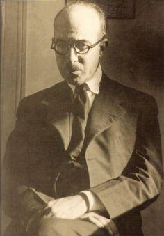 Esta es la última foto que se le tomó a Fernando Pessoa.