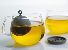 Floating Tea Strainer by Kinto — ACCESSORIES -- Better Living Through Design