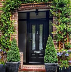 Not sure what composite door you want? Take a look at some of the beautiful composite door installations that Solidor has done and get inspired online here. Front Door Porch, Front Porch Design, Exterior Front Doors, House Front Door, Glass Front Door, Patio Doors, Entrance Doors, Black Composite Front Door, Black Front Doors