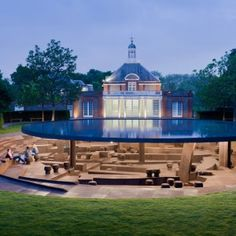 Herzog+&+de+Meuron+and+Ai+Weiwei's+Serpentine+Gallery+Pavilion+paid+homage+to+its+predecessors