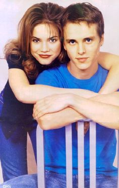 Liz (Rebecca Herbst) and Lucky (Jonathan Jackson) back when they were high school kids on General Hospital loved LnL2 in the 90s.