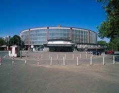 Ruhrgebiet: Vom Hochofen zur Hochkultur. ©Deutsche Zentrale für Tourismus e.V., Merten, Hans Peter Dortmund, Westfalenhalle