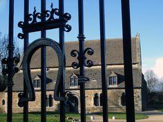 sininen Castle, Castles