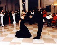 Dancing Di