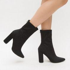 Botine Hector Negre Booty, Ankle, Heels, Fashion, Heel, Moda, Swag, Wall Plug, Fashion Styles