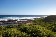 Serenity Skoenmakerskop is a small village in Nelson Mandela Bay, southwest of the promontory on which Port Elizabeth stands, 8 km west of Chelsea Point.