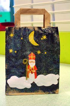 chez magalette Mehr Saint Nicholas, Winter Kids, Teaching French, Art Plastique, Advent, Art Projects, Christmas Crafts, Saints, Techno