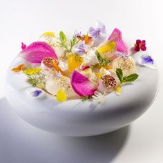 "Since tomorrow is we'll leave you with beauty called ""Rare Flowers"" w/ bean flower, rosemary flower, sage, lemon,… Gourmet Desserts, Plated Desserts, Gourmet Recipes, Flower Food, Flower Plates, Rare Flowers, Edible Flowers, Edible Plants, Exotic Flowers"