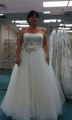 1000 images about my dream wedding dress on pinterest for Used wedding dress size 0