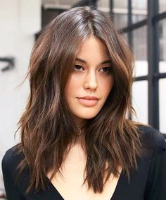Superb Medium Hairstyles 2018 for An Admired Look
