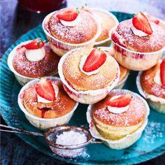 Strawberry cheesecake muffins Cupcakes, Fika, Strawberry Cheesecake, Cheesecakes, Doughnut, Tart, Sweets, Lunch, Snacks