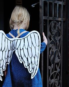She's been a little cherub these past few days. I have a limited number of child size angel wings in the shop today. They are hand painted and made-to-order and if you order now should arrive in time for Christmas. #mermagwings #mermagchristmas