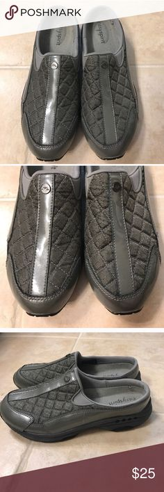 Easy Spirit size 7.5 M grey slip on shoes Size 7.5 M grey Easy Spirit slip on shoes Easy Spirit Shoes Flats & Loafers