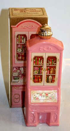 Discontinued AVON Perfumes and Bottles Discontinued Avon Perfume Cologne Avon Vintage, Vintage Makeup, Vintage Vanity, Vintage Beauty, Avon Collectibles, Avon Perfume, Vintage Packaging, Vintage Perfume Bottles, Bottles And Jars
