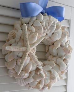 Seashell wreath by Ilse