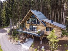 Hotel-Review-Wanderhotel Gassner - The Chill Report Das Hotel, Salzburg, Hotel Reviews, Cabin, House Styles, Outdoor, Home Decor, House On Stilts, Rustic Room