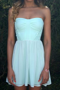 <3 this dress! minty!