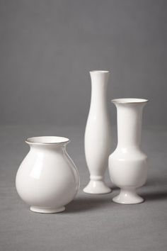 Stately Trio Vases (3) from BHLDN Drawing Lessons, Art Lessons, Drawing Studies, Anatomy Drawing, Still Life Art, Step By Step Drawing, Still Life Photography, Art Plastique, Cute Illustration