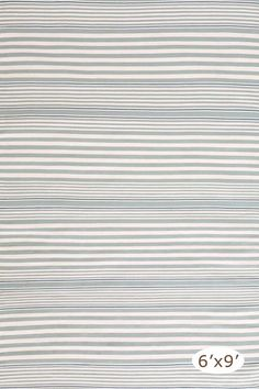 Scrubbable, bleachable outdoor/indoor rug a la Something's Gotta Give...perfect for a comfy, casual living room